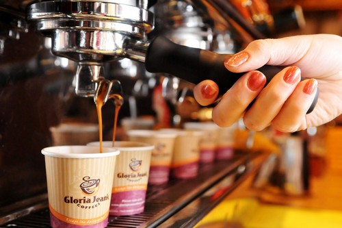 marketing mix of gloria jeans coffee Gloria jeans coffee marketing marketing essays - gloria jean coffee this is your marketing mix and looking at ways in which you can implement.